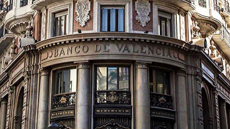 Valencia Plaza informa del recurso de Ribelles Abogados para que Caixabank responda ante los pequeños accionistas de Banco de Valencia